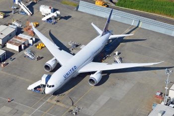 United Airlines Boeing 787 Dreamliner N20904