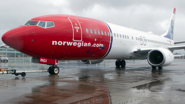 Video of Norwegian to Birmingham Airport