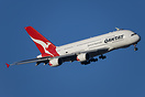 On a beautiful Melbourne morning Qantas 94 from Los Angeles is flying ...
