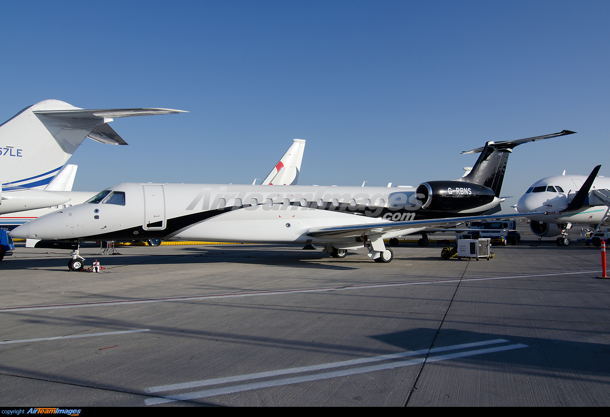 Embraer Legacy 600 - Large Preview - AirTeamImages.com: http://www.airteamimages.com/embraer-legacy-600_G-RBNS_london-executive-aviation_115064_large.html