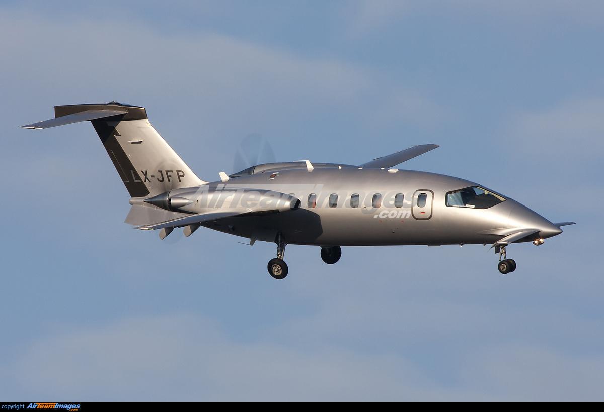 piaggio p-180 avanti ii (lx-jfp) aircraft pictures & photos