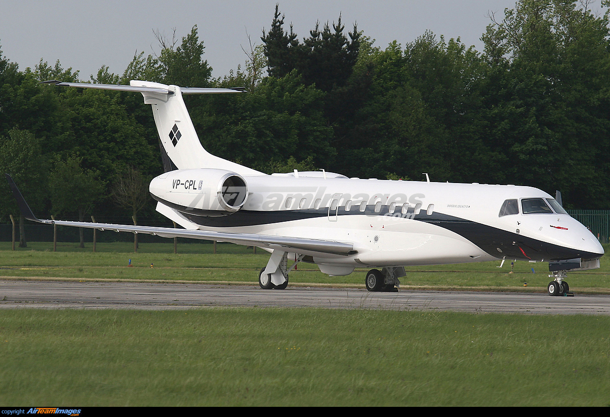 ... embraer legacy 650 vp cpl shannon airport view image information Airport