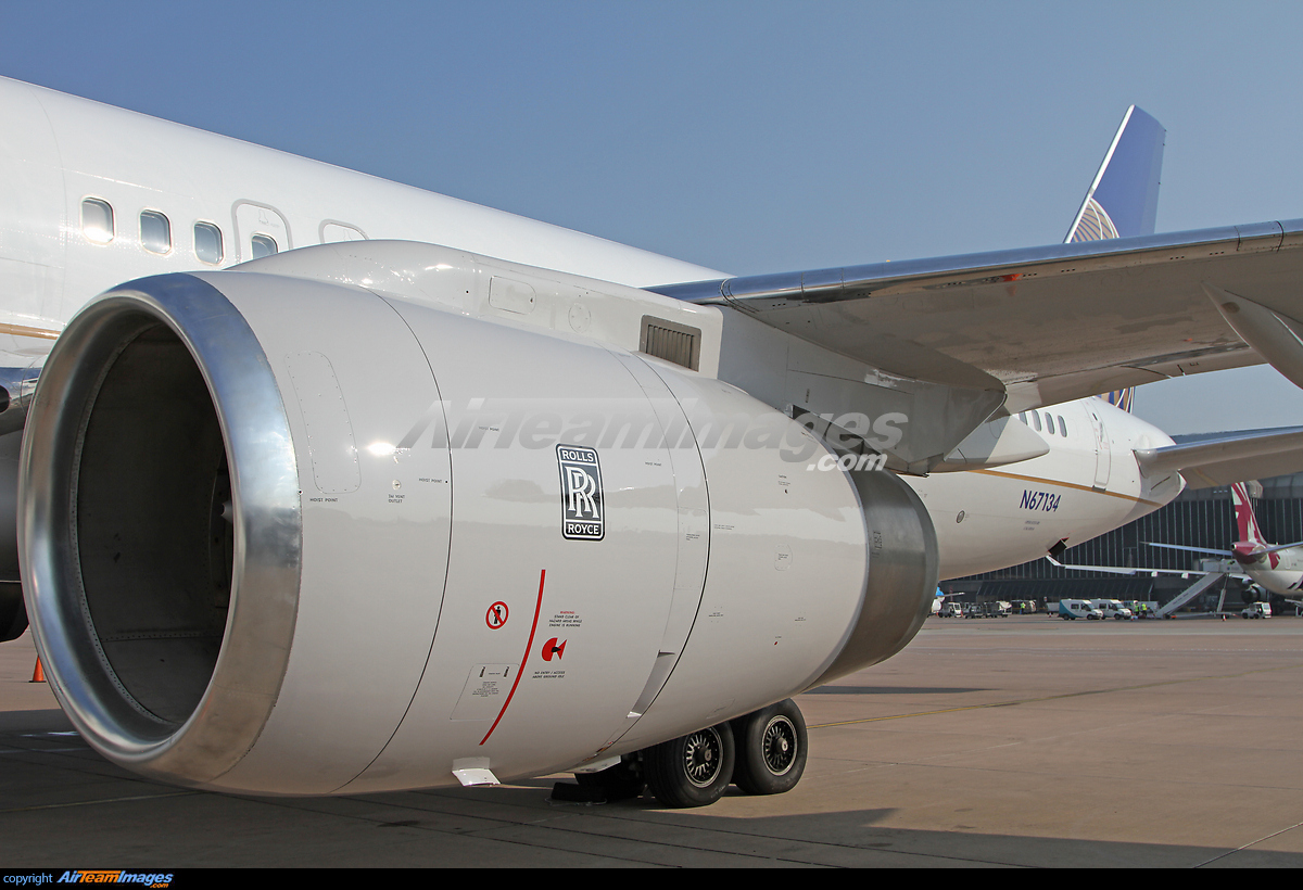 Rolls Royce RB211-535 Engine - Large Preview - AirTeamImages.com