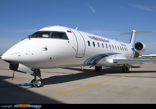 Bombardier Challenger 850 - RA-67219 - AirTeamImages.