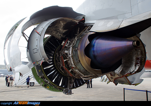 General Electric Genx Engine N6067e Aircraft Pictures