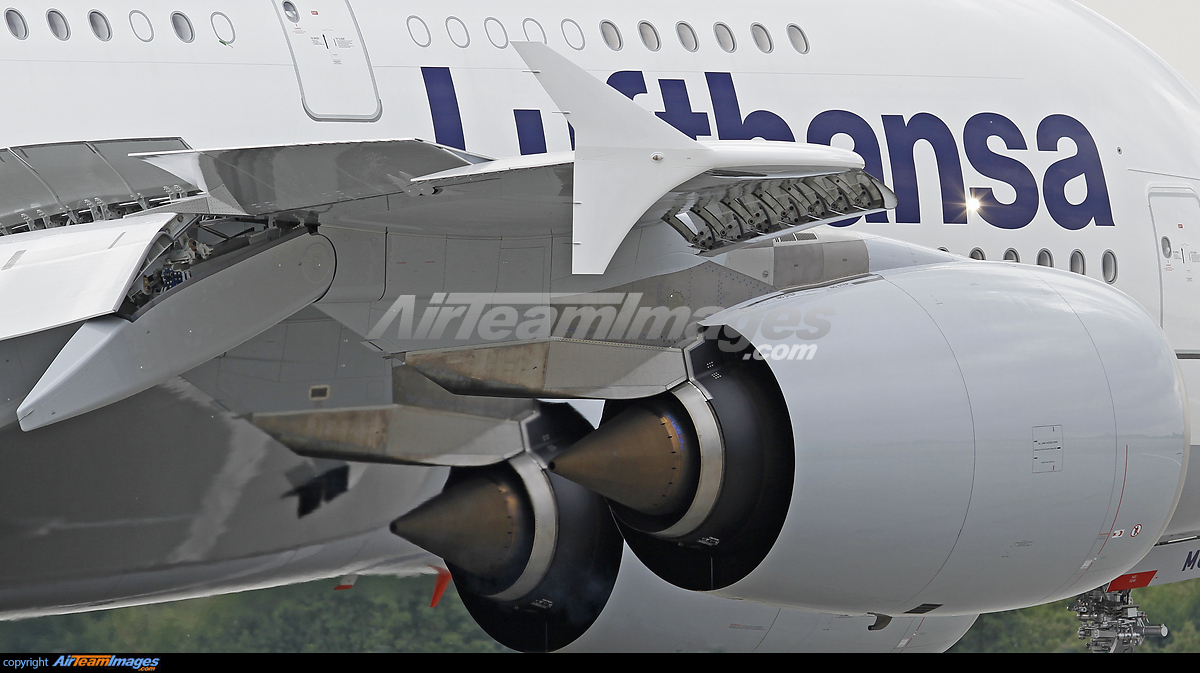 Rolls Royce Trent 900 Engines - Large Preview - AirTeamImages.com
