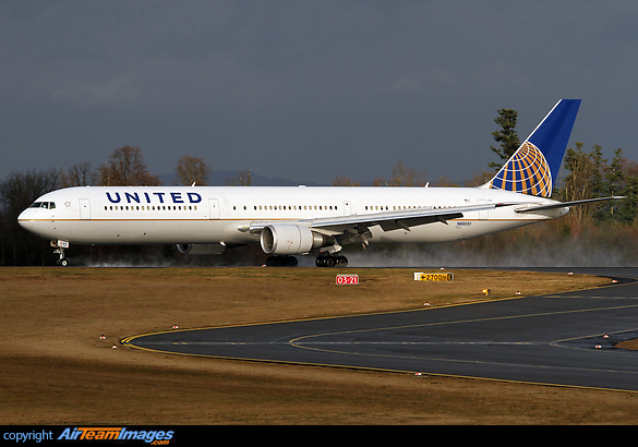 United airlines executive summary