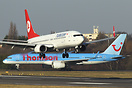 Thomson Airways B757 G-CPEV gives way to Turkish Airlines B737 TC-JGC