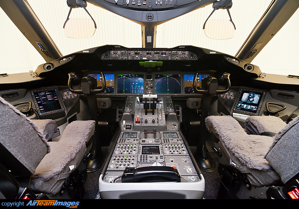 Boeing 787 8 Dreamliner N787bx Aircraft Pictures