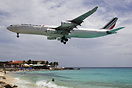Over Maho beach an Air France A340