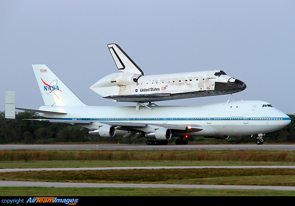 Boeing 747 & Space Shuttle (N905NA) Aircraft Pictures ...