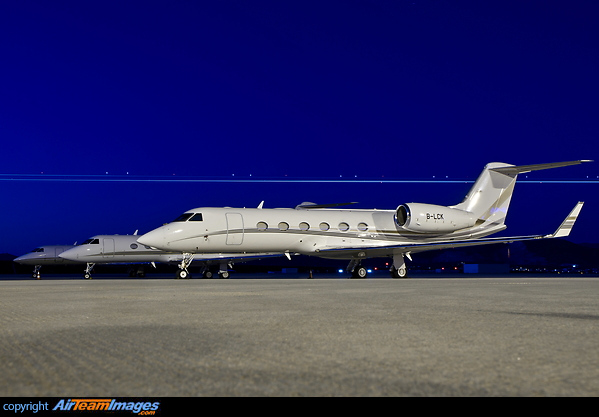 Gulfstream G450 B LCK Aircraft Pictures Photos