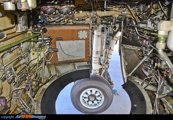 Boeing 737 400 Airteamimages Com
