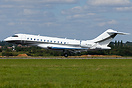 Bombardier Global 6000 M-AAAL arrives at London Luton from Montreal vi...