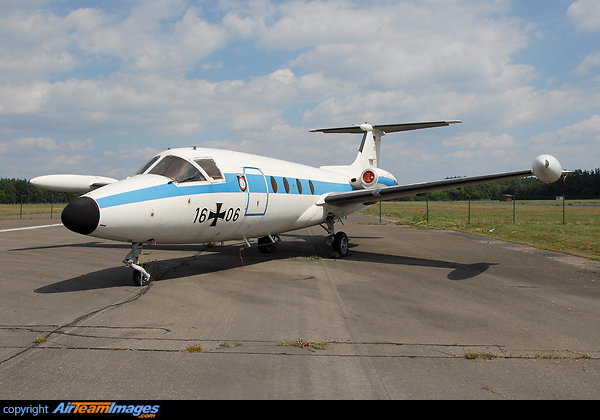 Hansa Jet http://www.airteamimages.com/hamburger-flugzeugbau-hfb-320-hansa-jet_1606_germany---german-air-force_160780.html