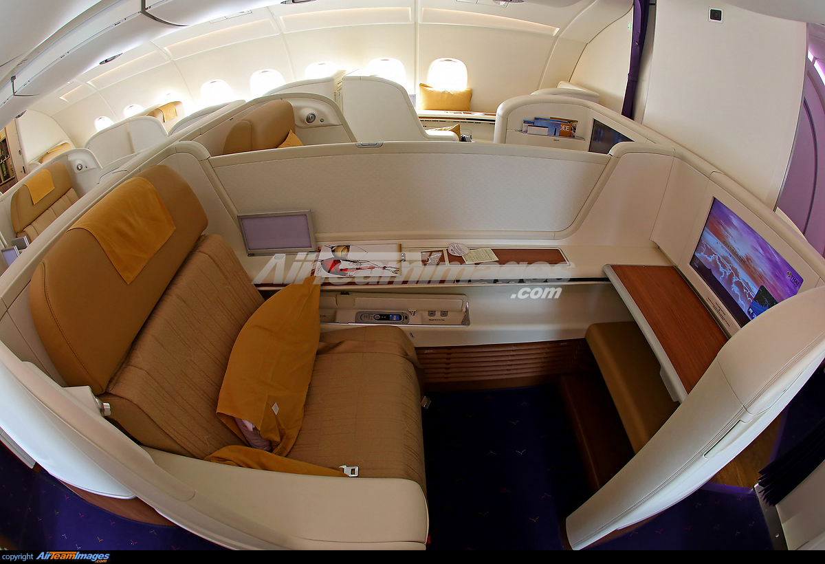 Airbus a380 800 first class