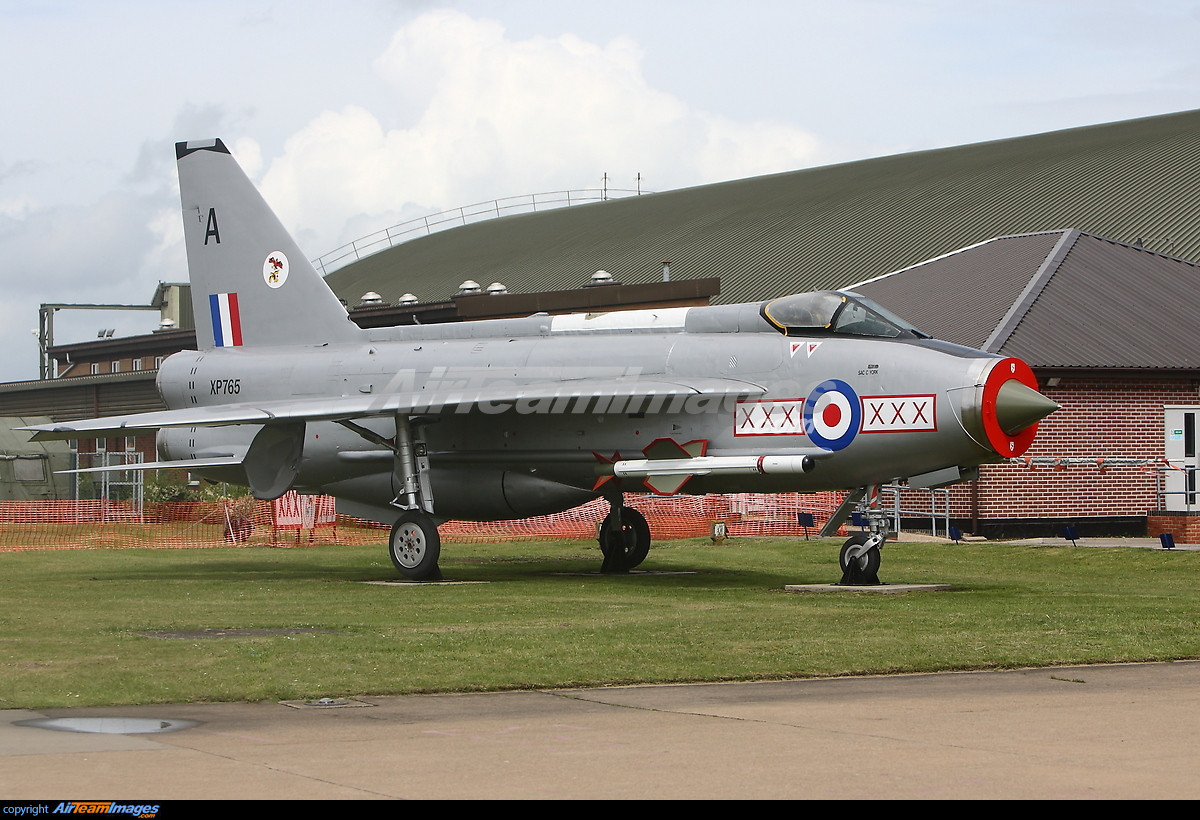 English Electric Lightning XR773 united Kingdom Royal Air Force 67668 large also F53 002 as well Canberra also Jcb Cordless Tacker also Piezoelectric 20Effect. on electric force