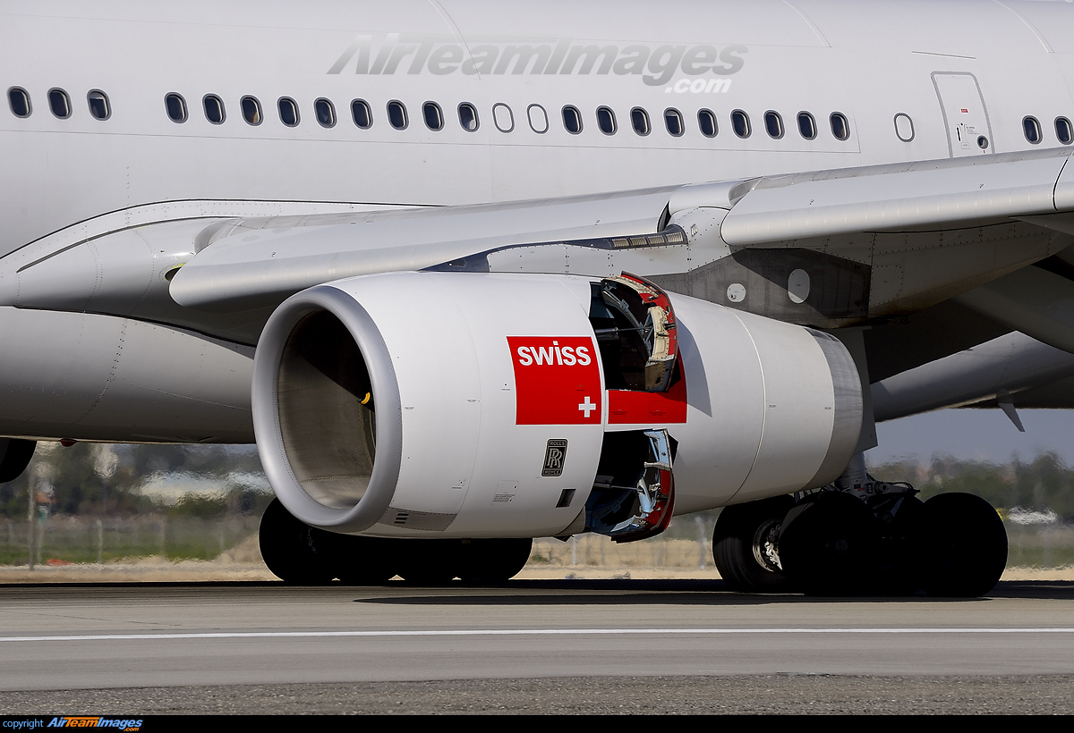 Royce Royce >> Rolls Royce Trent 700 Engine - Large Preview - AirTeamImages.com