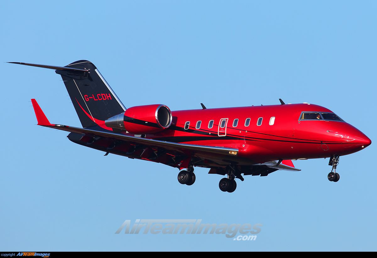 Red Private Jet  Wwwgalleryhip  The Hippest Pics