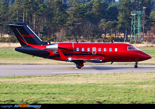 Bombardier Challenger 605 (G-LCDH) Aircraft Pictures ...