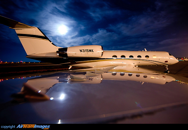 Gulfstream G550 N528M Aircraft Pictures Photos