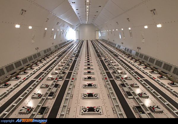 Boeing 777 Fht Oo Tsc Aircraft Pictures Amp Photos
