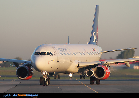 Airbus A321-232