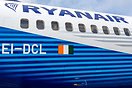 New Boeing scheme for this Ryanair logojet