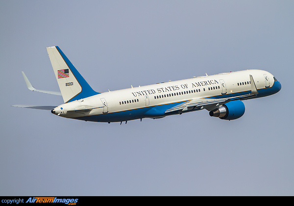Boeing 757-2G4 VC-32A