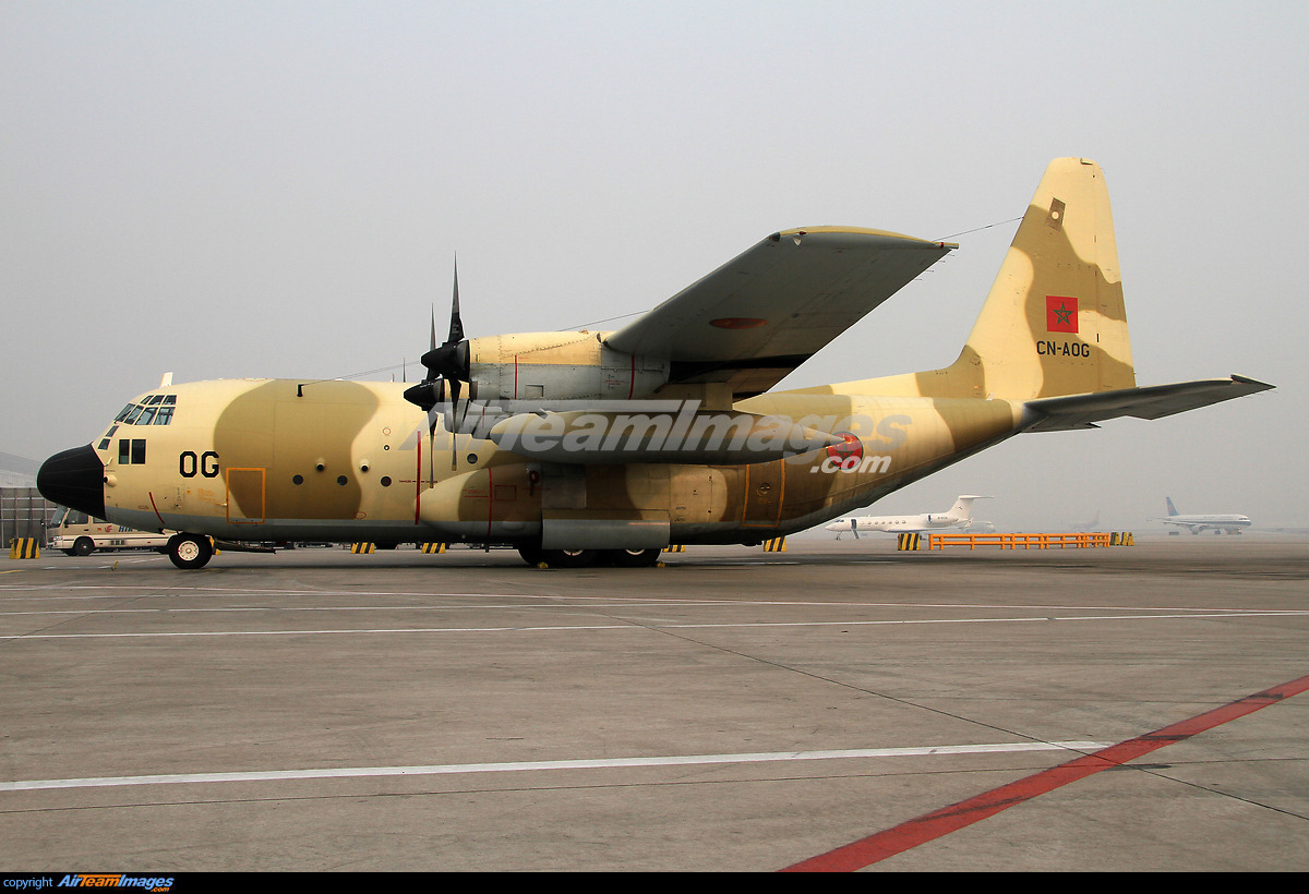 FRA: Photos d'avions de transport - Page 20 211237_big