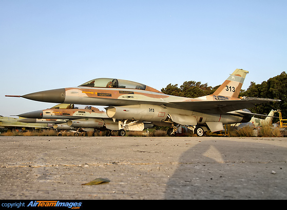 General Dynamics F-16B Netz (313/4X-ACE) Aircraft Pictures