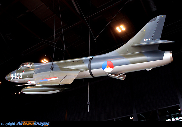 Hawker Hunter F4