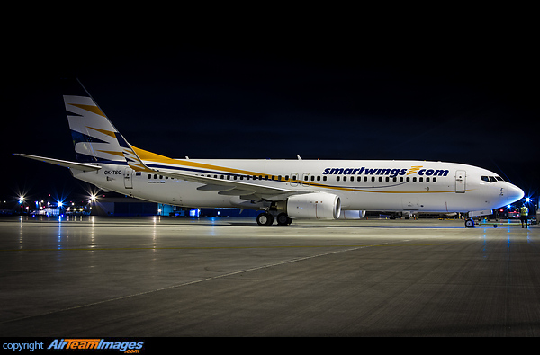 Boeing 737-8FH