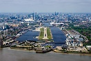 Final approach into London City's Runway 27