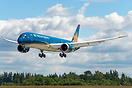 Vietnam Airlines' first 787-9 dreamliner (VN-A861) practicing touch an...