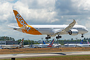 Scoot's latest 787-9 dreamliner landing on runway 16R after her first ...
