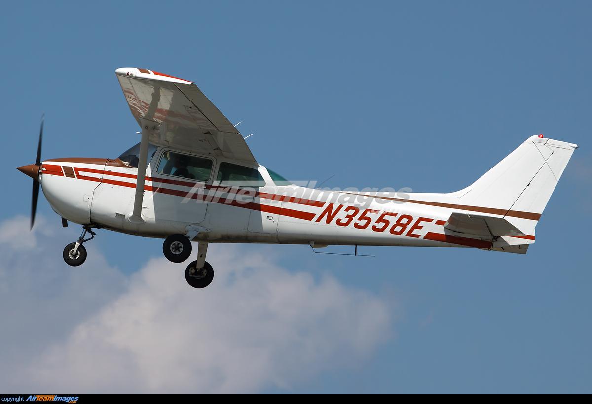 Atlanta Airport >> Cessna 172N Skyhawk - Large Preview - AirTeamImages.com