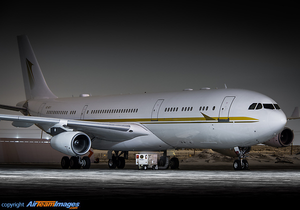 Airbus A340-212