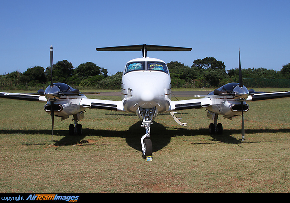 Beech Super King Air 300