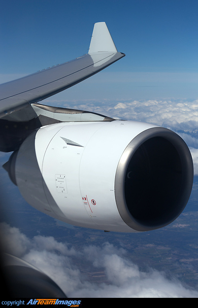 Rolls-Royce Trent 500 Engine