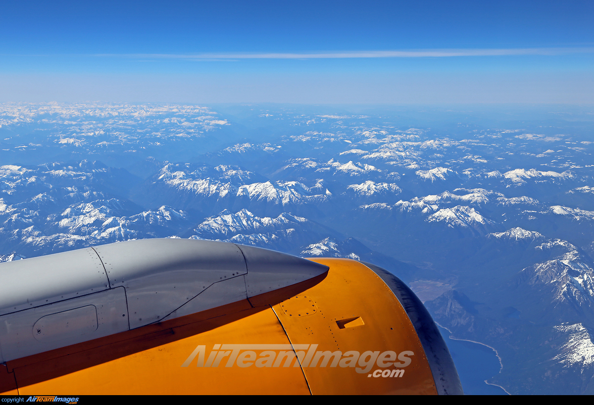 Boeing 757-200 - Large Preview - AirTeamImages.com