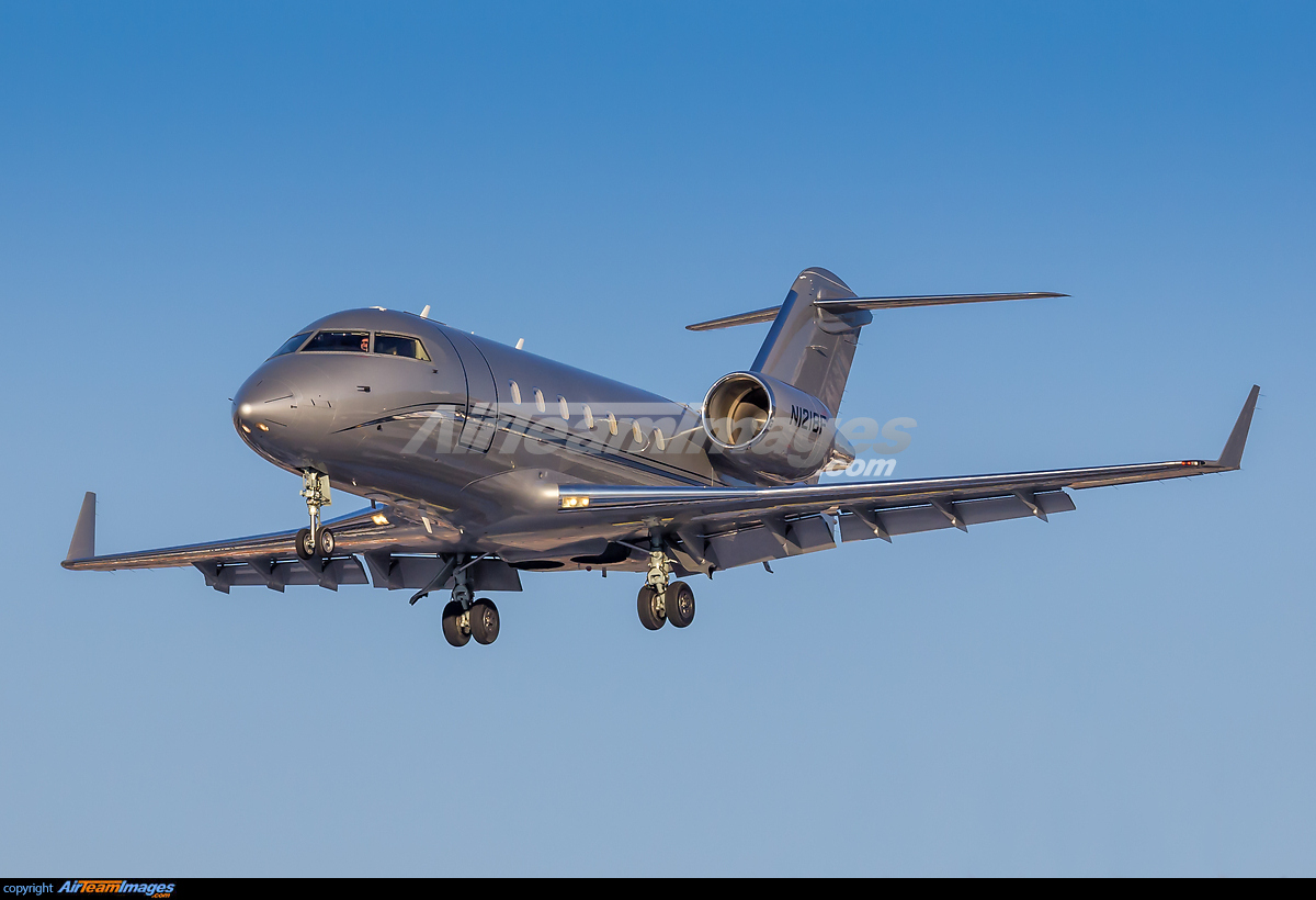 Challenger 2017 >> Bombardier Challenger 600 2B16 - Large Preview - AirTeamImages.com