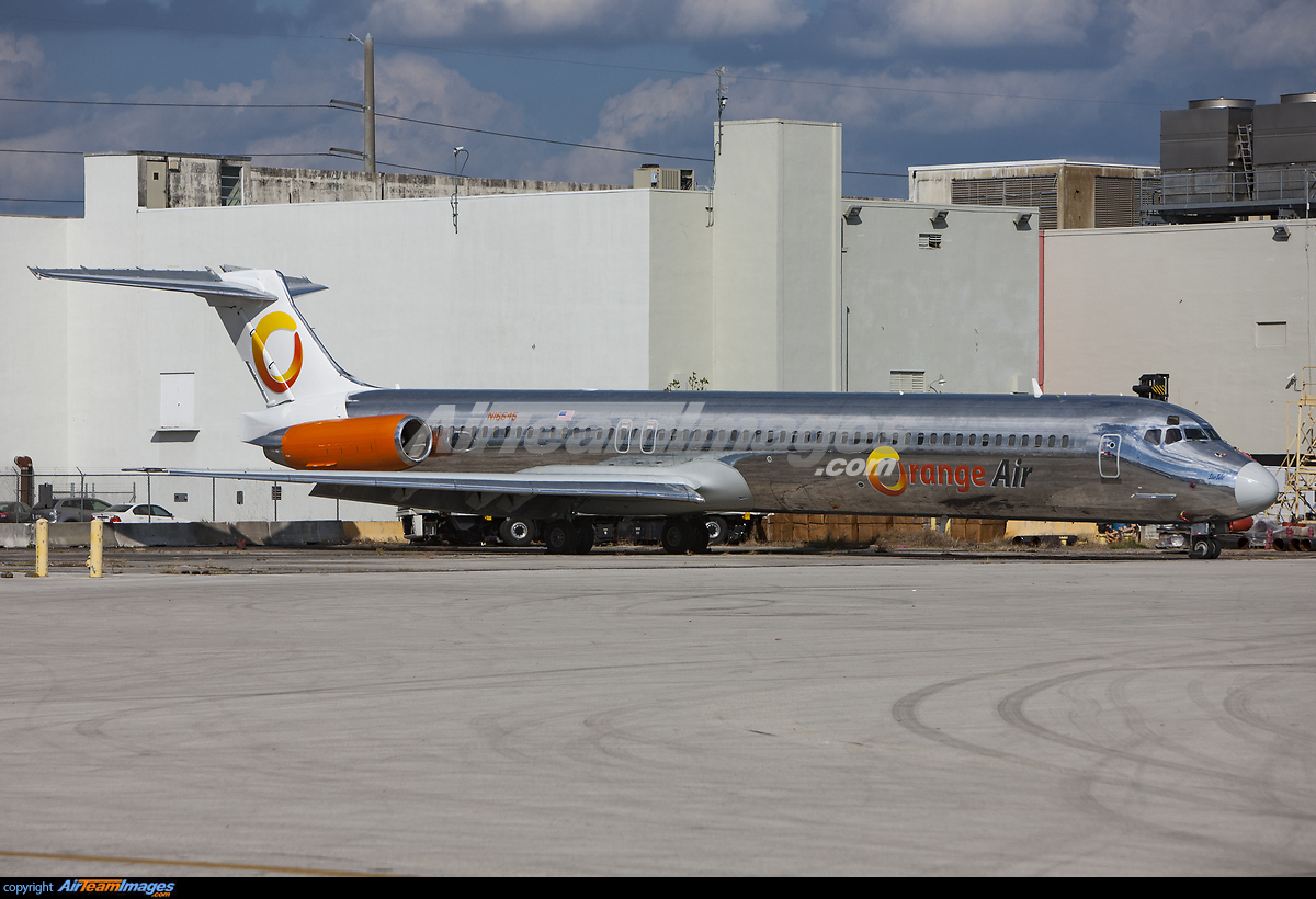 Orlando >> McDonnell Douglas MD-82 - Large Preview - AirTeamImages.com