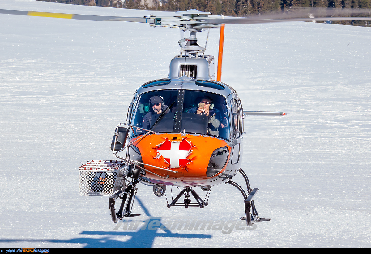 large helicopters with Eurocopter As 350 Ecureuil  F Hllj Chamonix Mont Blanc Helicopters 268137 Large on Helics 205 likewise Md Helicopters Md 600 N511VA  Private 34669 large also Citation Mustang Buyers Investors Guide furthermore 62522784 in addition IMG 7430 e3.