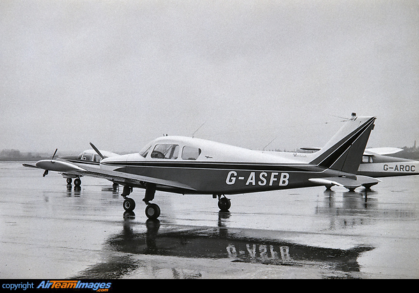 Beechcraft 23 Musketeer I