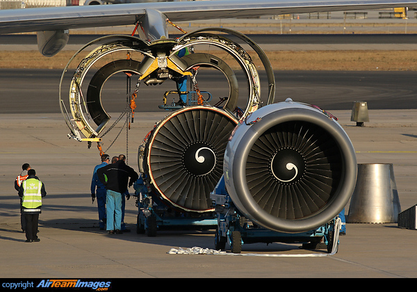 GE CF6 Engine Change