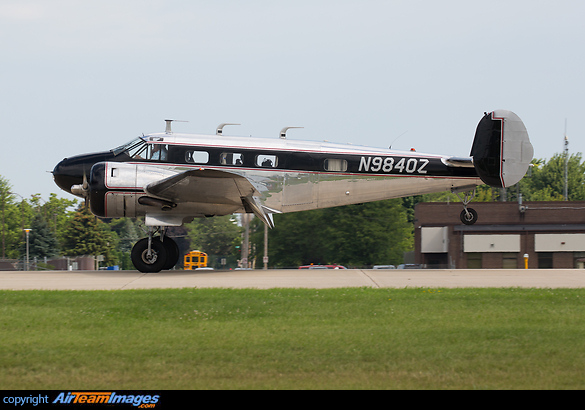 Beech C-45H Expeditor