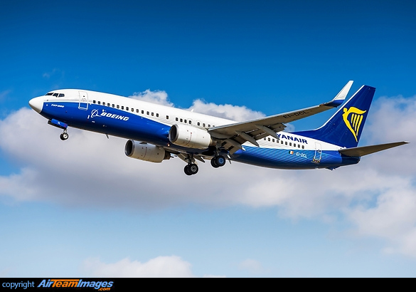 Boeing 737-8AS
