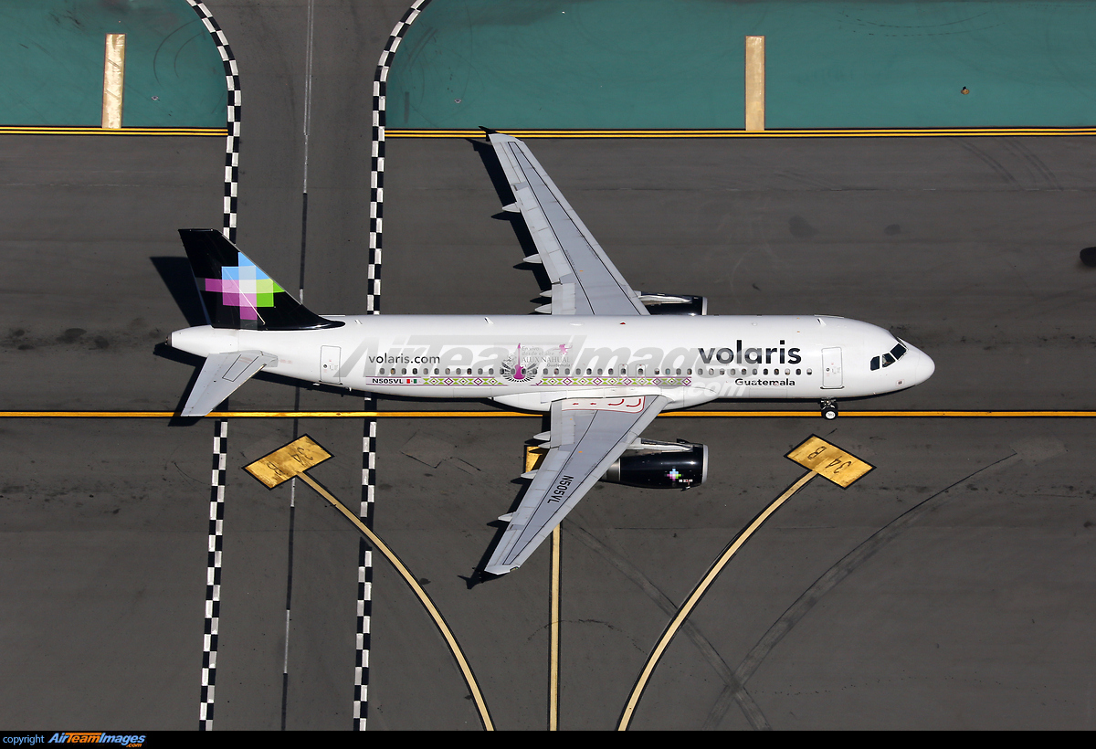 Airbus A320-233 - Large Preview - AirTeamImages com