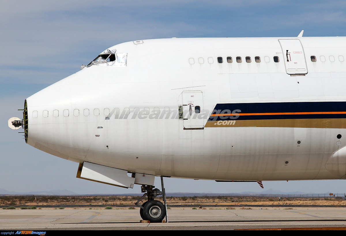 Boeing 747-412(BCF) - Large Preview - AirTeamImages.com